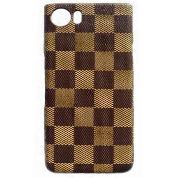 Чехол-крышка для BlackBerry KEYone клетка коричневая